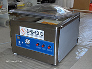 Embalsud, table-top vacuum chamber EV22VG