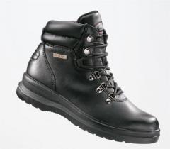 Fram & Wayne Footwear